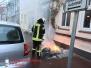 Brennt Altpapier vor Gebäude - Rademacherstraße 08.01.2017