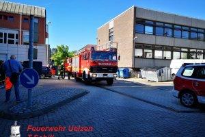 F2 – Rauchentwicklung aus Tiefgarage Uelzen – Taubenstraße  13.06.2019