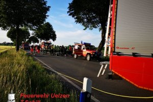 Verkehrsunfall – eingeklemmte Person L270 – OV Uelzen – Esterholz   02.06.2019