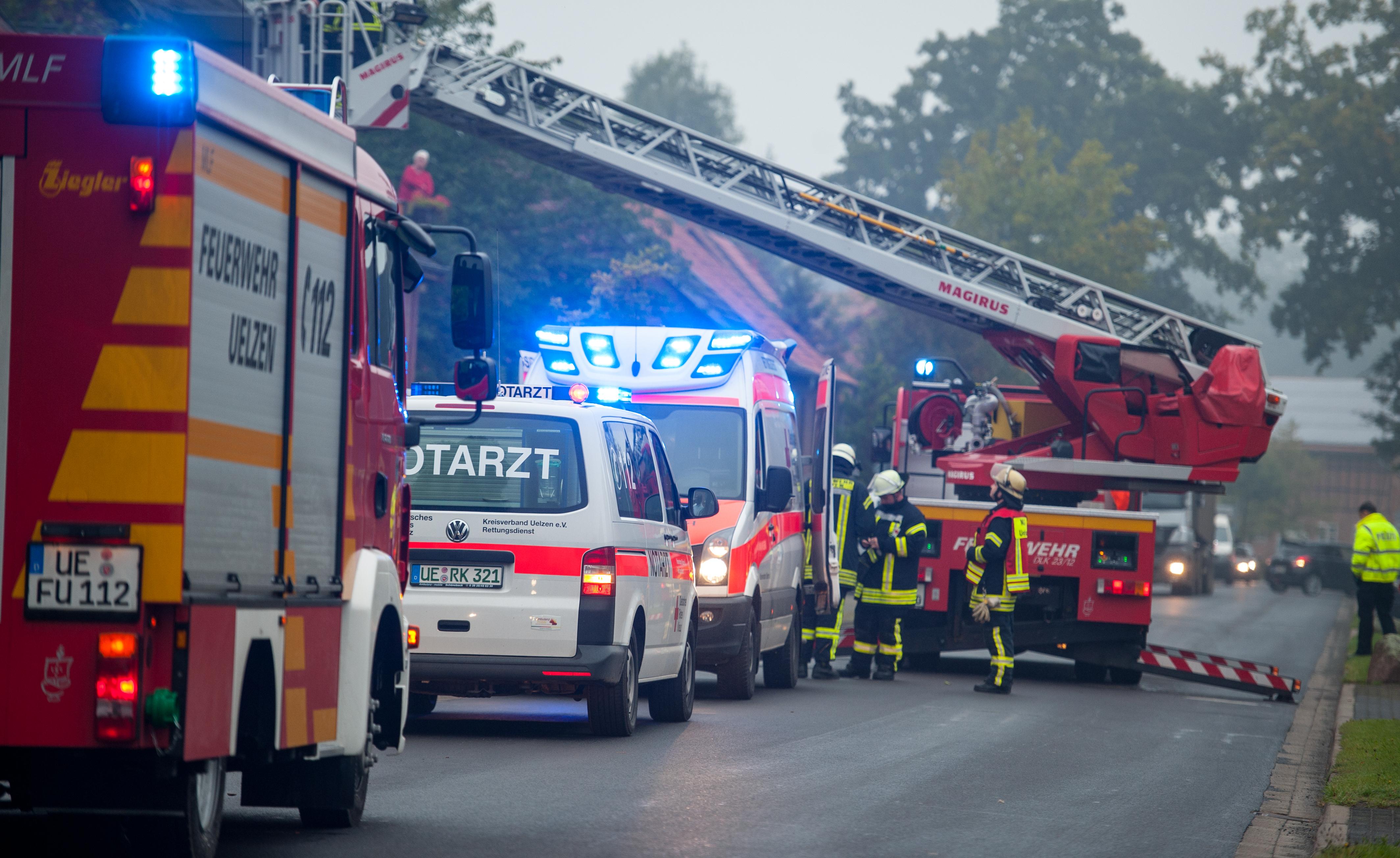 217. Unterstützung Rettungsdienst / Personenrettung über DLK