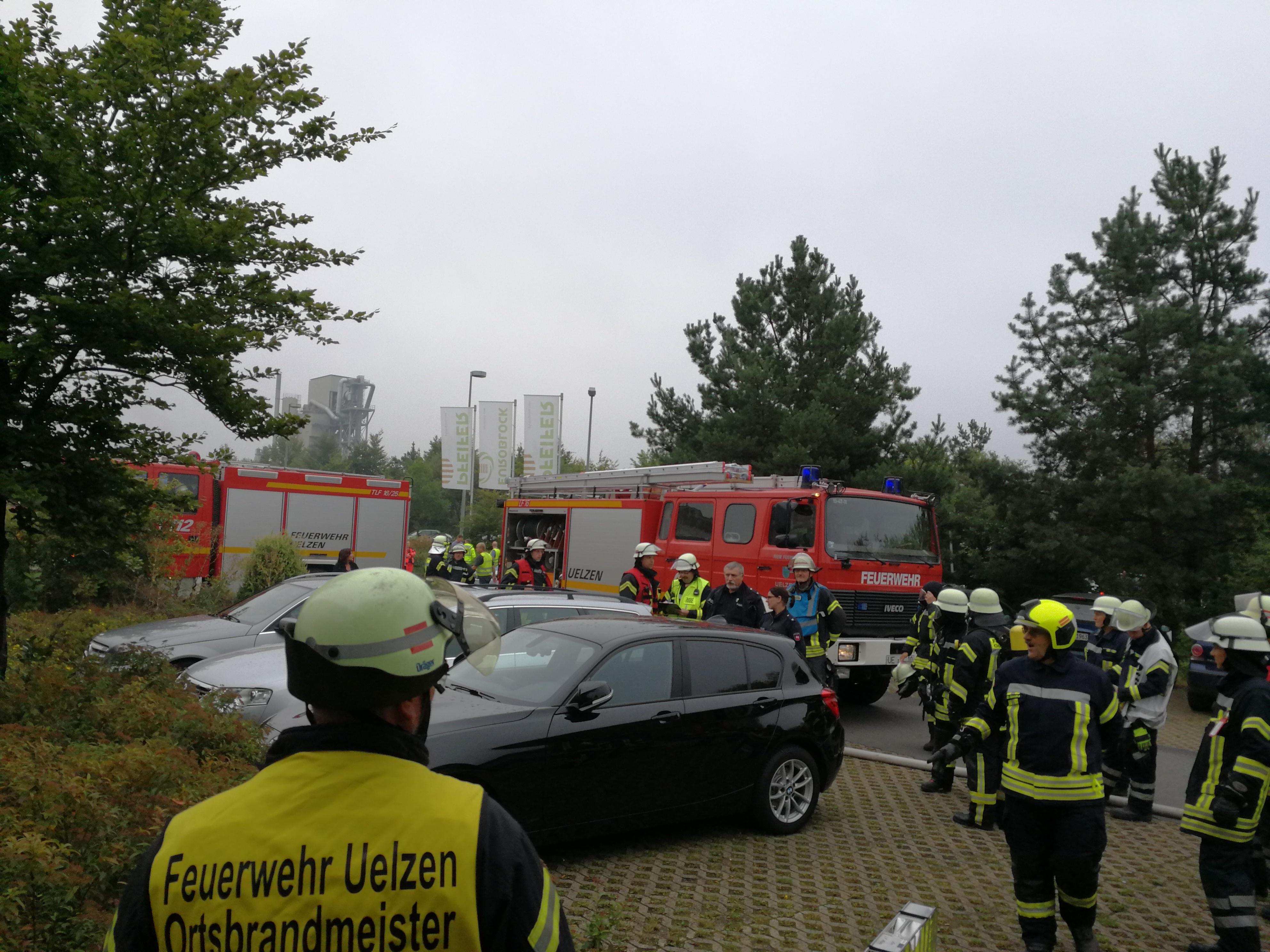 226. BMA - Alarm - - F2 - Feuer in Verwaltungsgebäude
