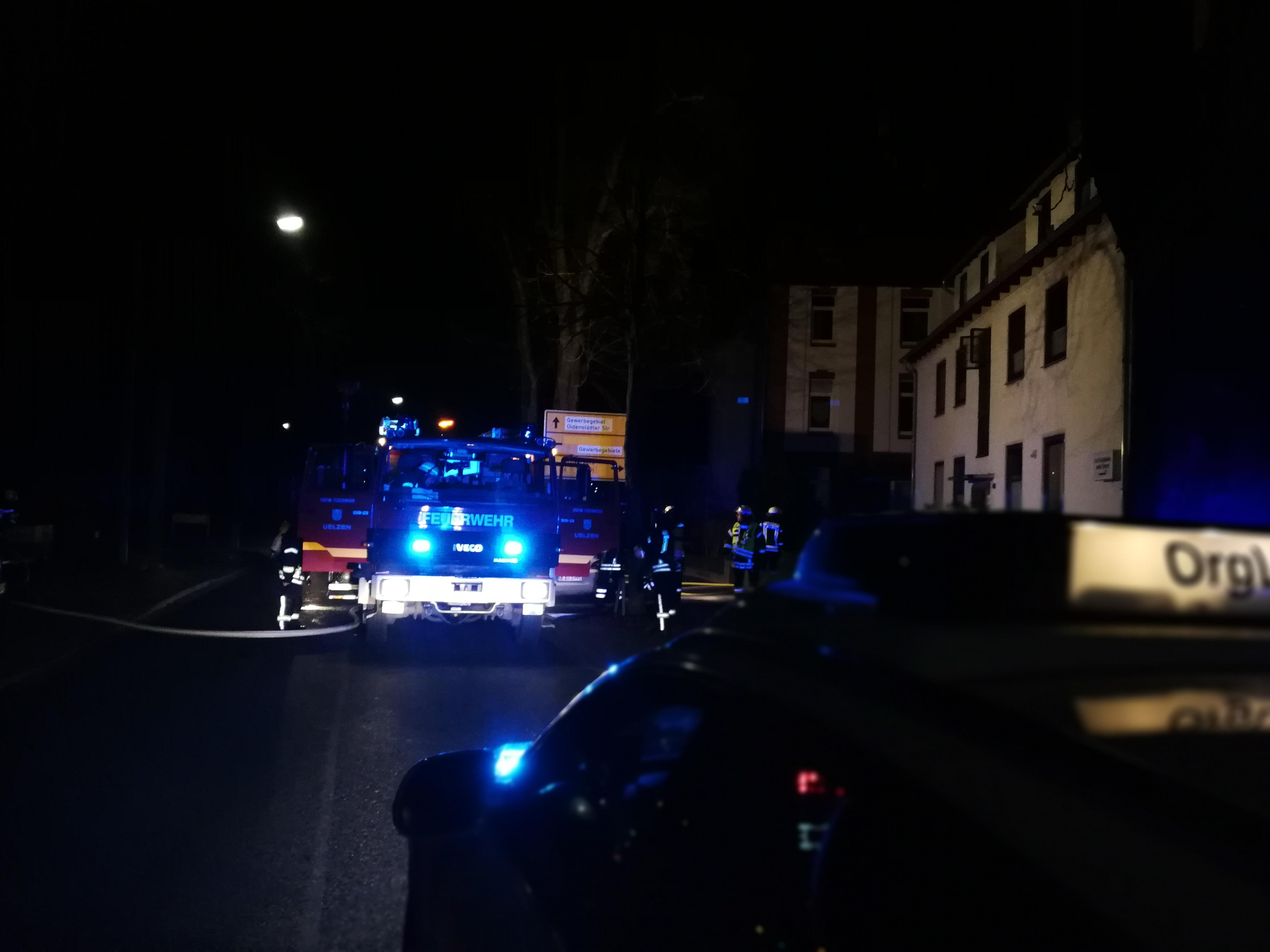 321. F3Y - Kellerbrand - Menschenleben in Gefahr
