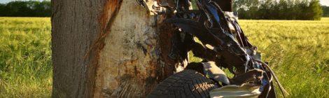 098. Verkehrsunfall - eingeklemmte Person