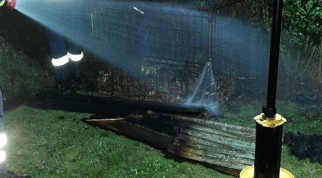 189. F1 - Brennt Komposthaufen