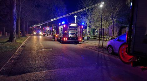 279. F2 - Unklares Feuer am Haus